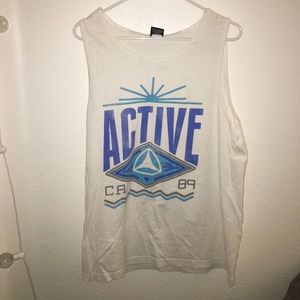 Large muscle tee